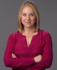 Photo of Jill Neunaber